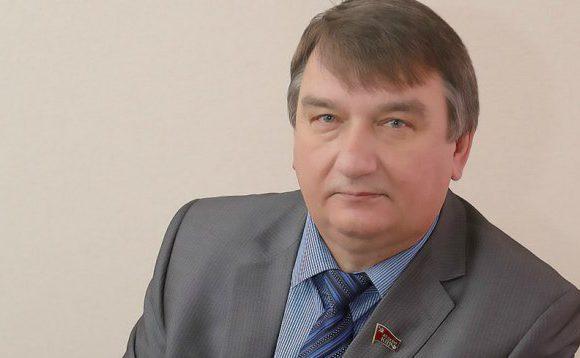 Н.И.Яшкин поздравляет калужан с днем космонавтики