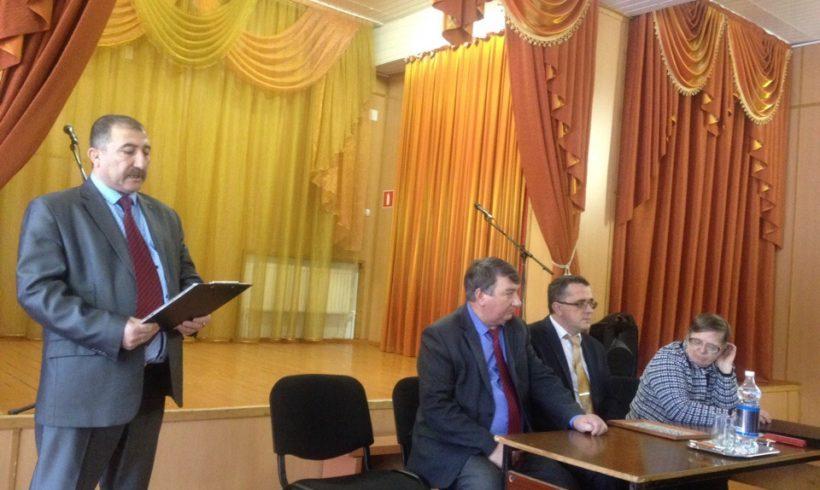 Коммунист-глава сельского поселения отчитался о проделанной работе