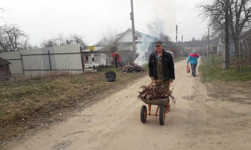 Субботник в Мещовске
