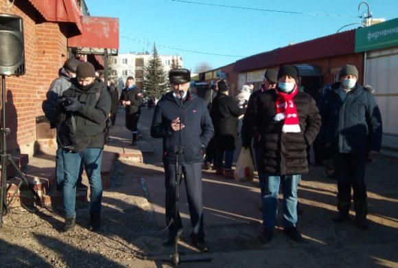 В Тарусе продолжаются митинги против переименования улиц