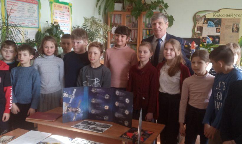 Н.В. Иванов посетил школу в Мещовском районе